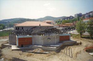 Στέγη στην Καστοριά - 2005